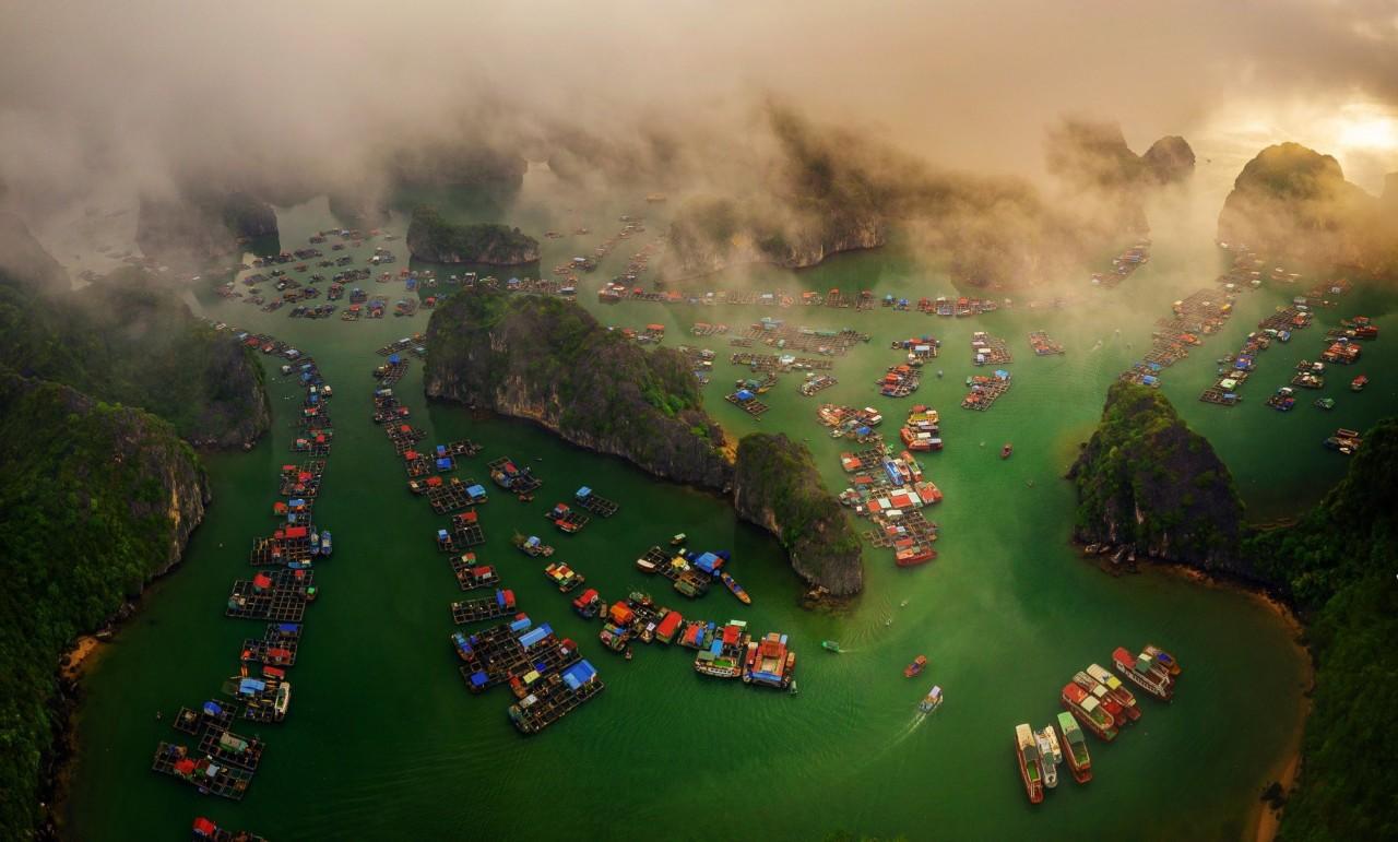 Высоко оценённое в категории «Острова», 2020. Залив Лан Ха во Вьетнаме. Фотограф Нгуен Тан Туан