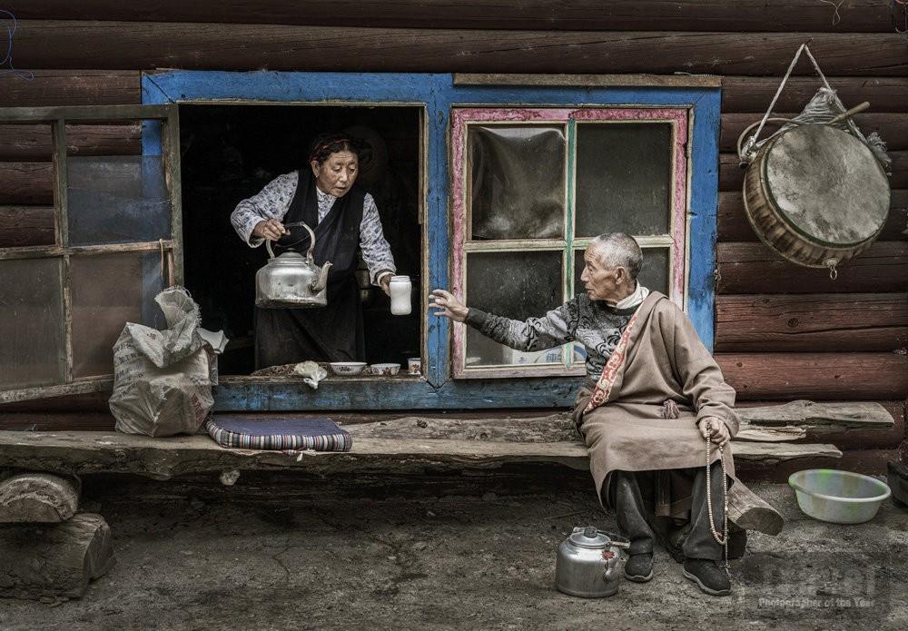 В Тибете. Поощрительная премия в категории «Люди и культуры», 2019. Автор Чжиюань Ляо