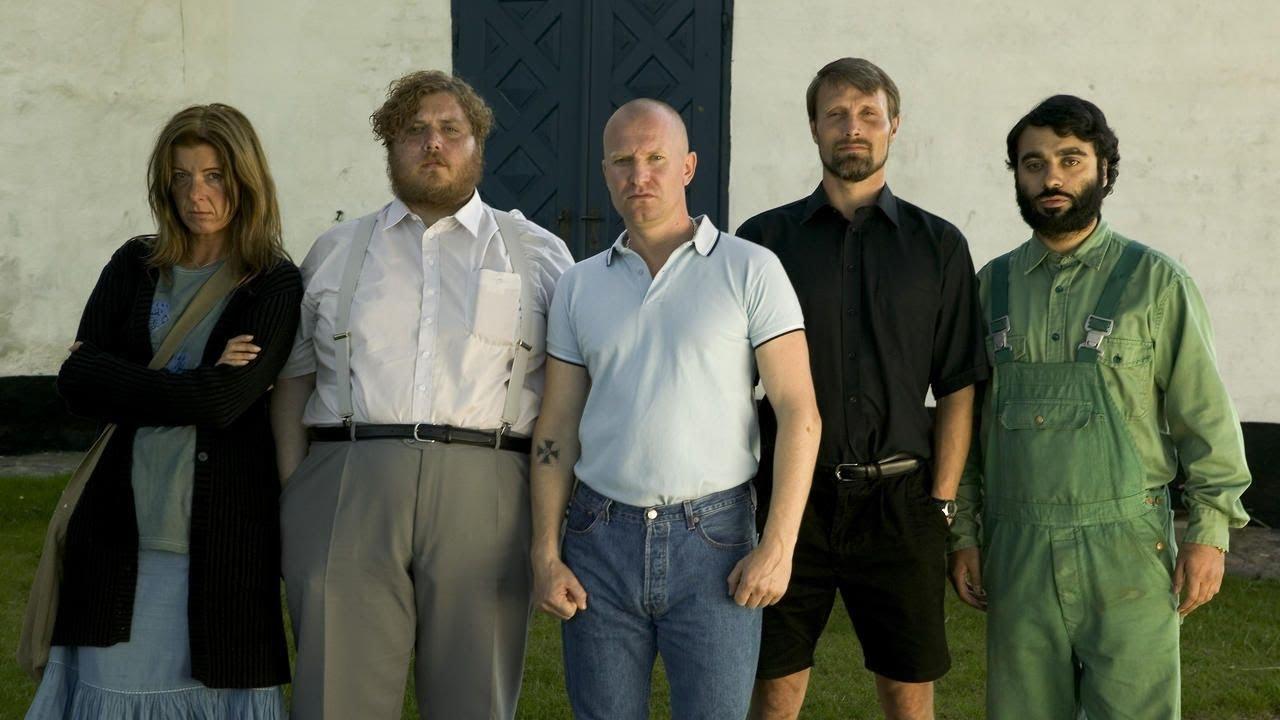 «Адамовы яблоки»: противостояние осуждённого неонациста и взявшегося за его перевоспитание священника