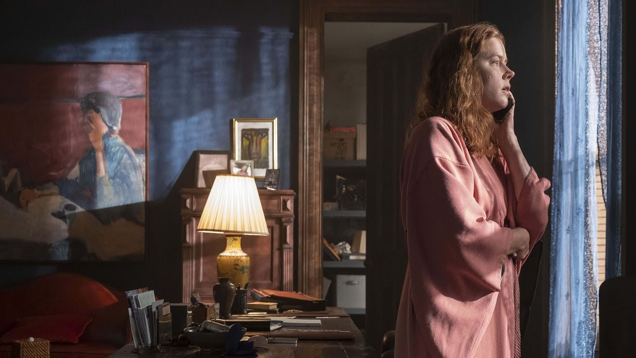 «Женщина в окне»: не стоит заглядывать в чужие окна