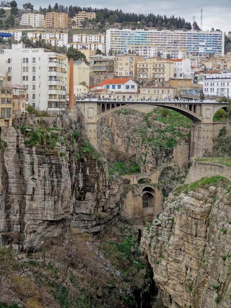 Константина: город висячих мостов в Алжире