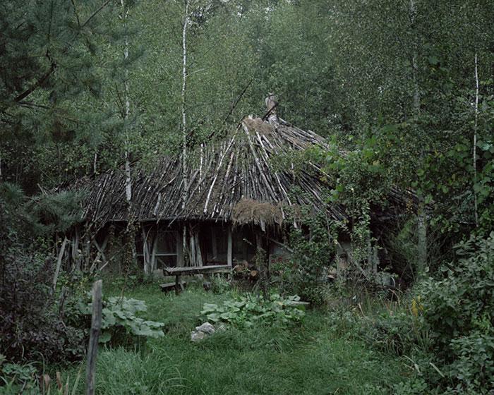 Отшельники в фотопроекте Данила Ткаченко «Побег»-11