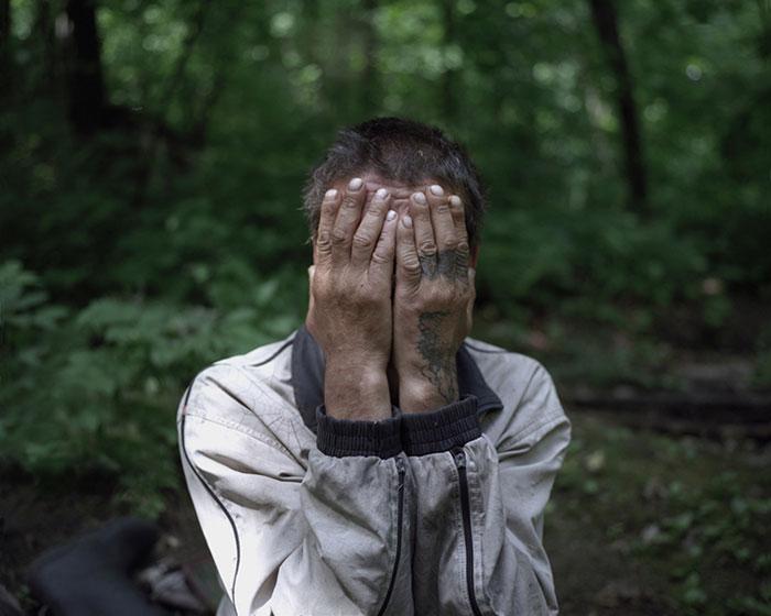Отшельники в фотопроекте Данила Ткаченко «Побег»-3