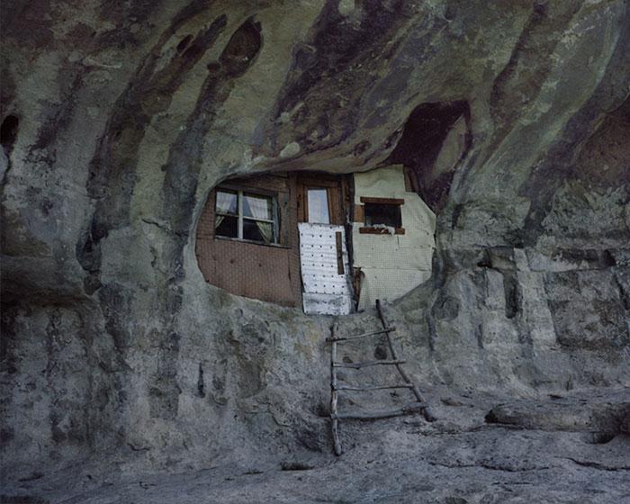 Отшельники в фотопроекте Данила Ткаченко «Побег»-14