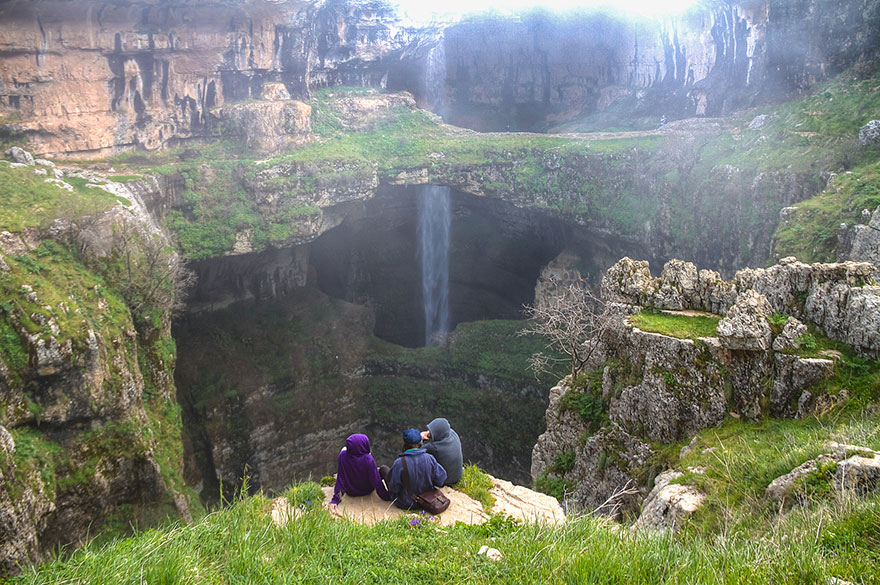 Пещера «Пропасть трёх мостов» и водопад «Глотка Баатары» в Ливане-12