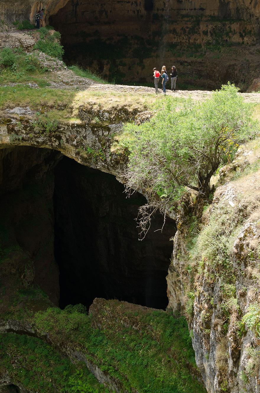 Пещера «Пропасть трёх мостов» и водопад «Глотка Баатары» в Ливане-2