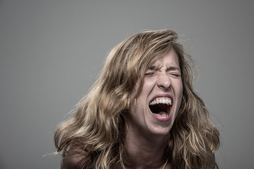 How people react to electric shock.  Original Patrick Hall-7 photo project
