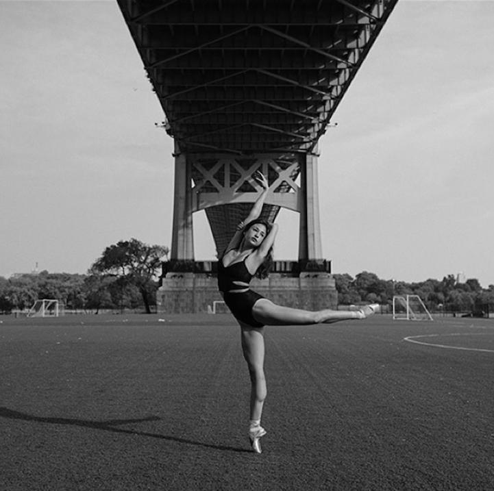 Элегантные балерины на улицах города в фотопроекте Дэйна Шитаги