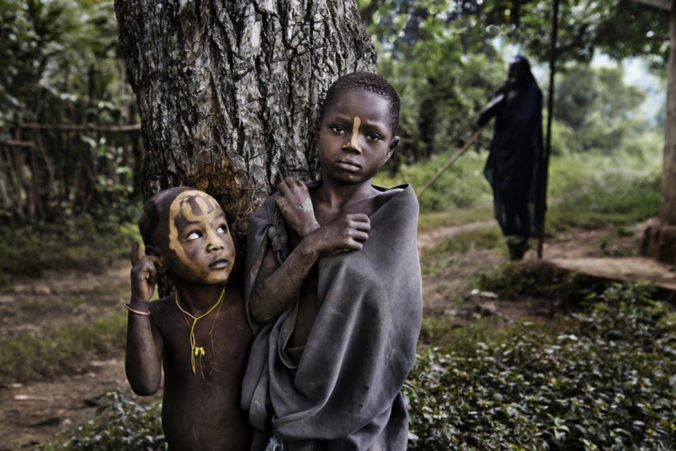 Дети Африки - фотографии Стива МакКарри-03