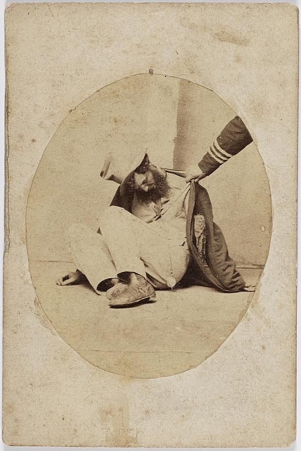 Пять стадий опьянения - веселые ретро фотографии 19-го века_5