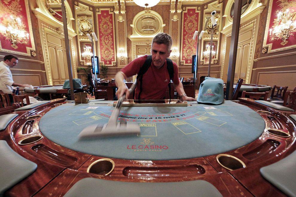 компаньон де италия казино