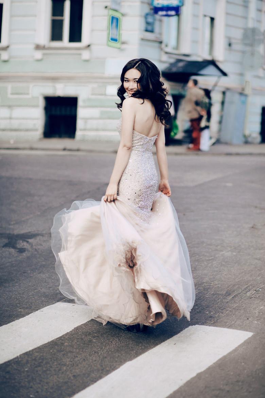 Красивые студийные и уличные портреты Наташи Смирновой