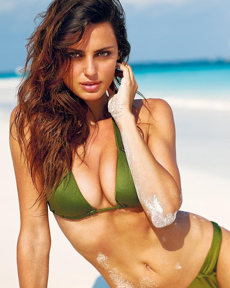 Фотомодели на пляже фото, фото девушек в купальниках голых