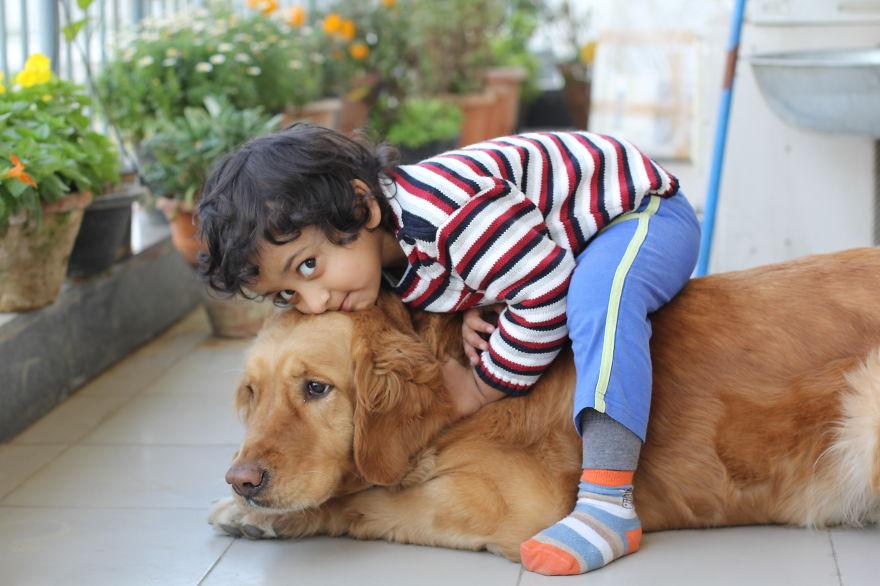 Когда собаки большие, а дети маленькие - 44 потрясающие фотографии - 38