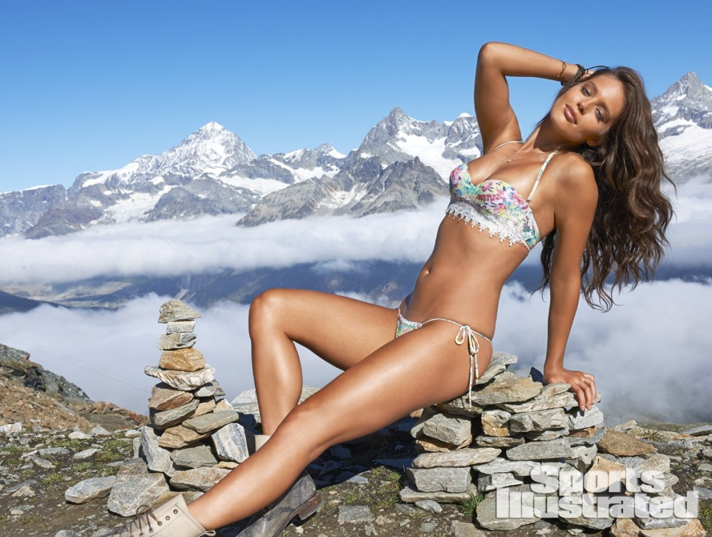 Emily-Didonato-Sports-Illustrated-Swimsuit-2014-21-1024x773