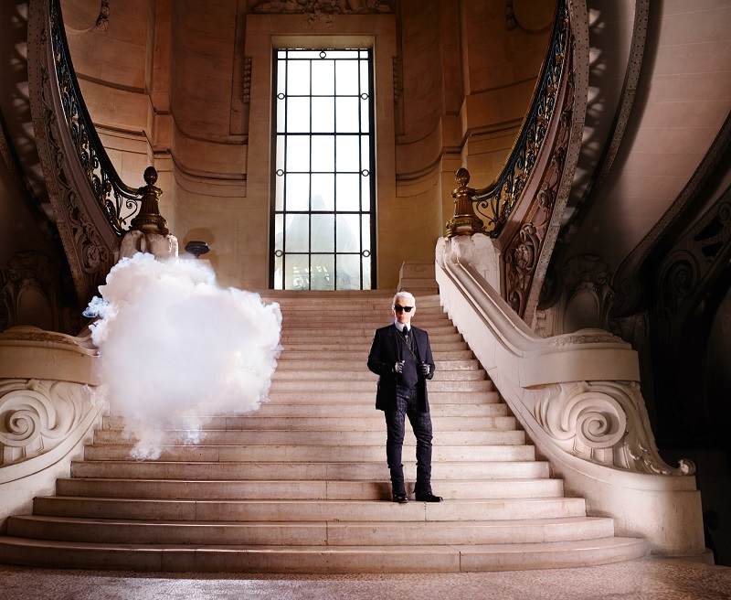 indoor-clouds-harpers-bazaar-staircase