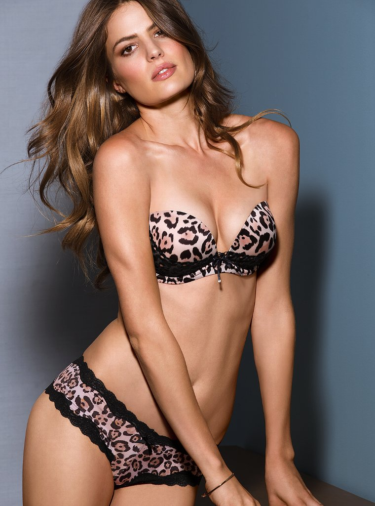Cameron-Russell-VS-lingerie-9
