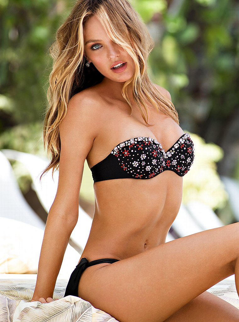 Candice-Swanepoel-VS-swimwear-1