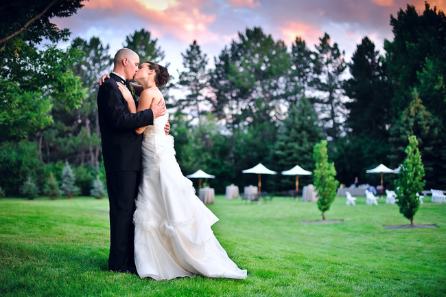Bride-and-Groom-Kissing-650x432