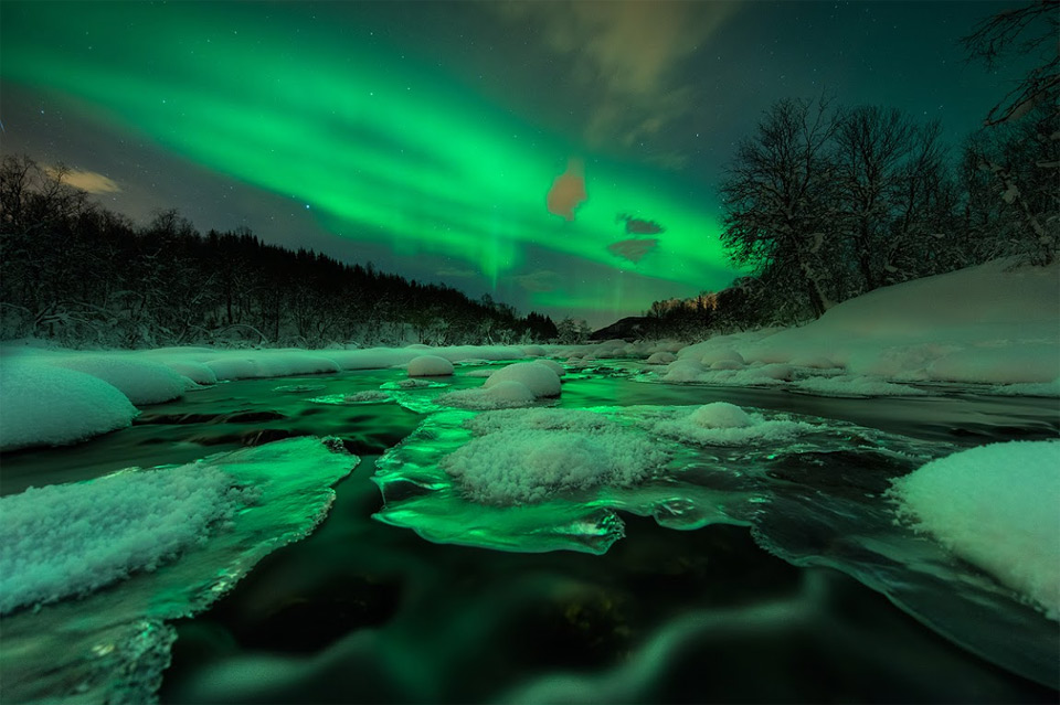 aurora-shines-over-river-norway