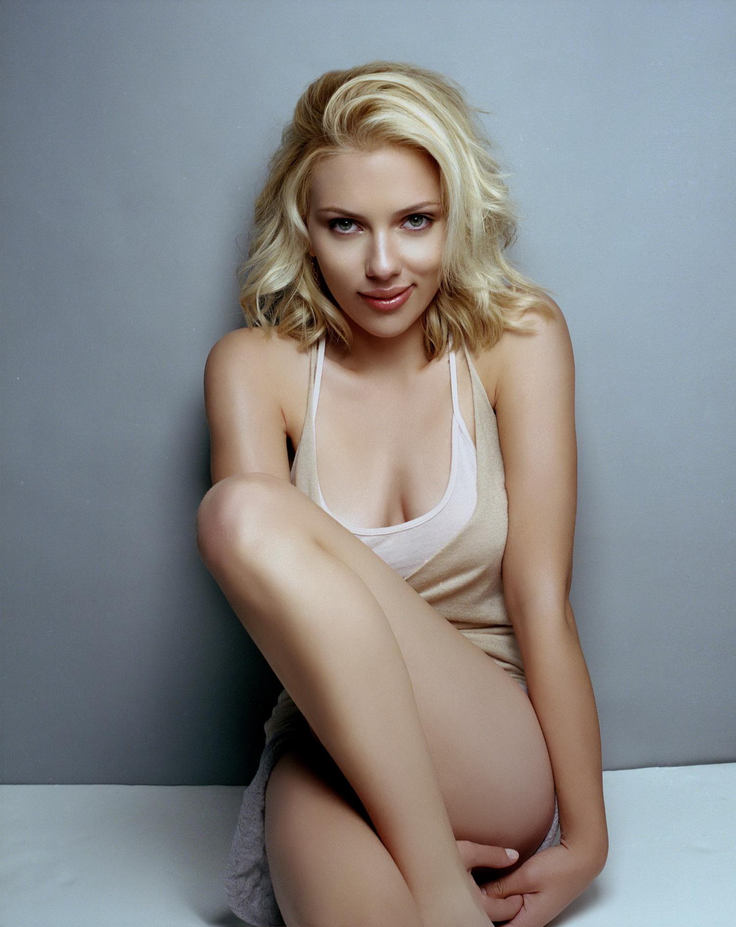 Scarlett Johansson Nude Pics