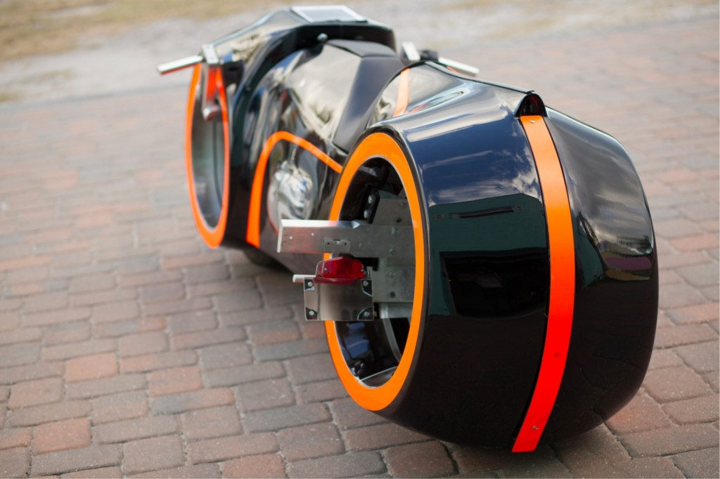 hub-less-wheel-Tron-bike-7-1024x682