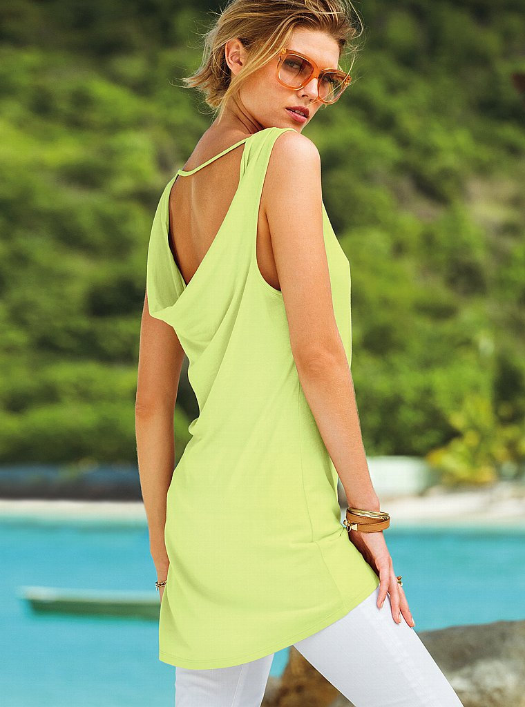 Maryna-Linchuk-VS-Swimwear-24