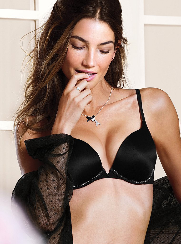 Lily-Aldridge-VS-lingerie-13