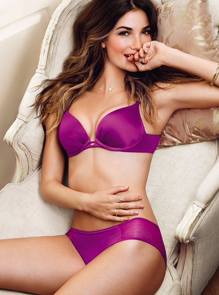 Lily-Aldridge-VS-lingerie-9
