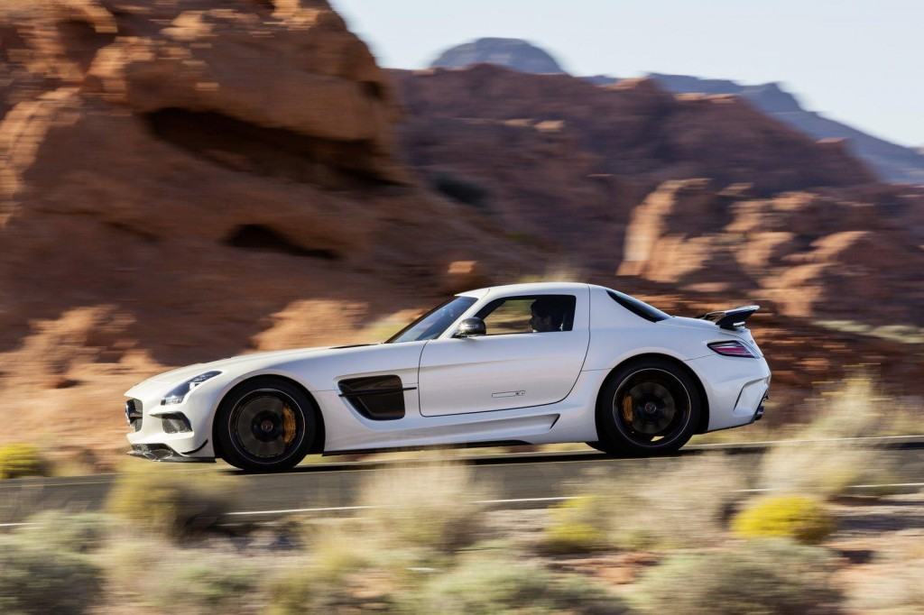 2014-Mercedes-SLS-AMG-Black-Series-21-1024x682