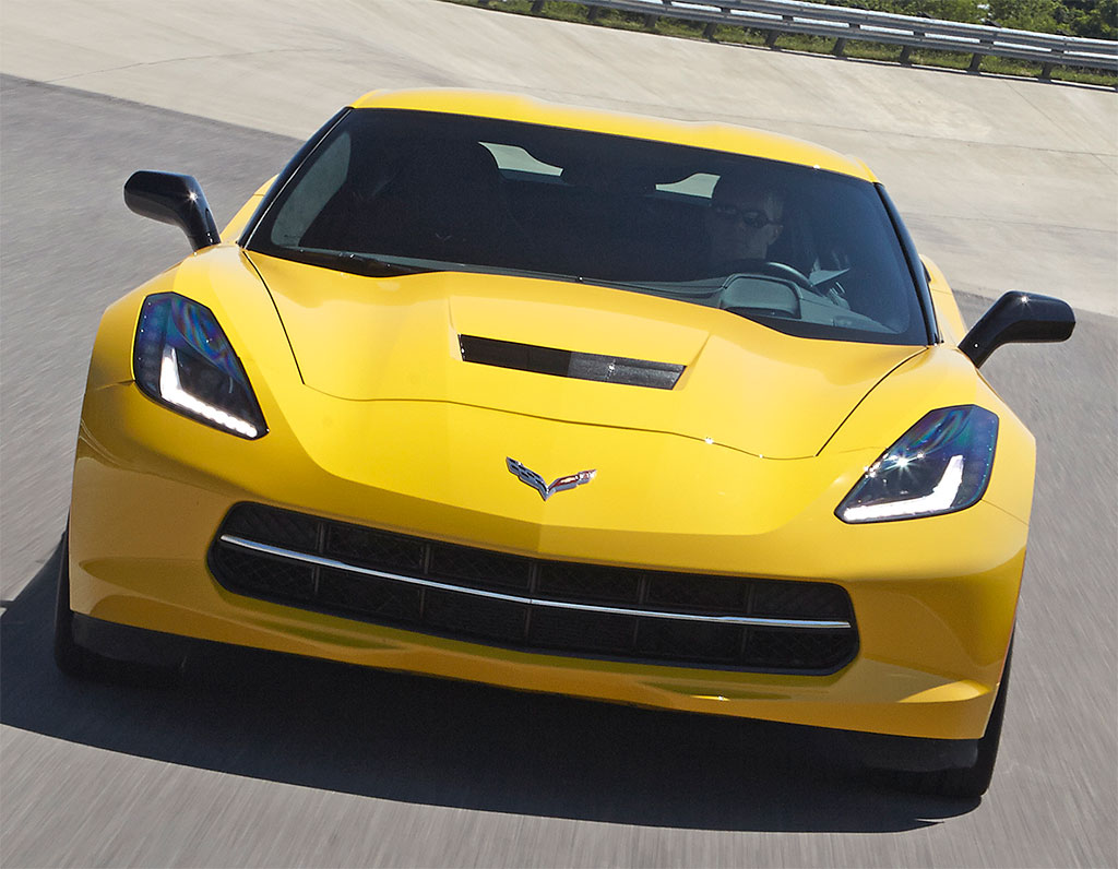 Corvette-Stingray-Z51-3