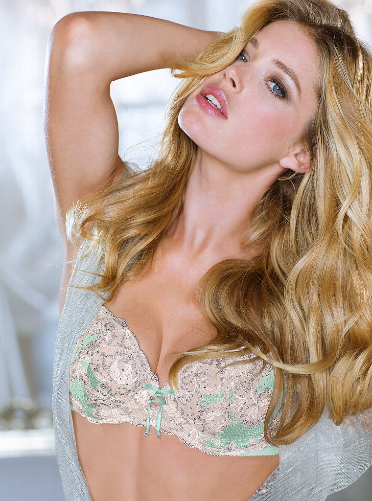 Doutzen-Kroes-VS-Lingerie-41