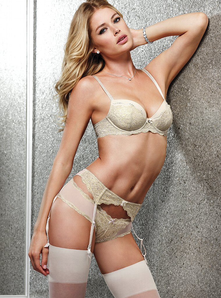 Doutzen-Kroes-VS-Lingerie-8