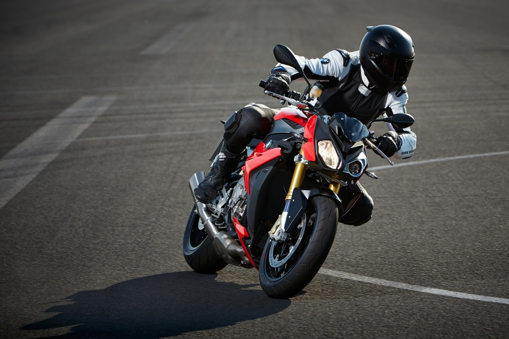 2014-bmw-s1000r-even-more-evil-than-the-rr-photo-gallery 1-1024x683