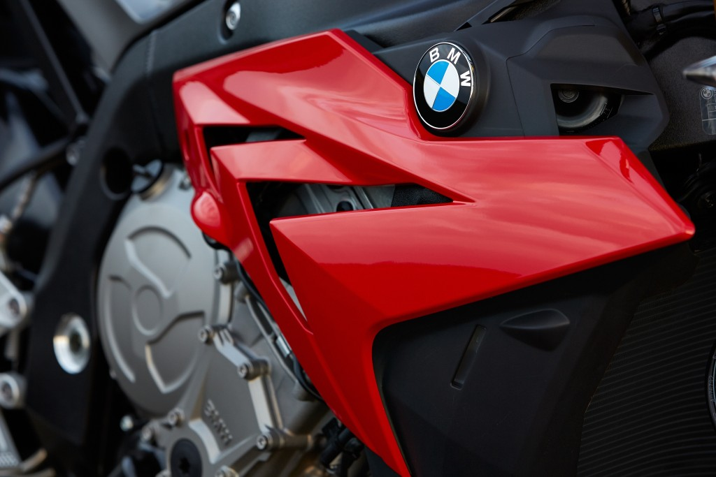 2014-bmw-s1000r-even-more-evil-than-the-rr-photo-gallery 22-1024x683
