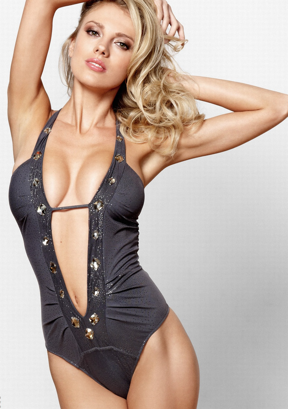 Bar-Paly-Beach-Bunny-swimwear-3