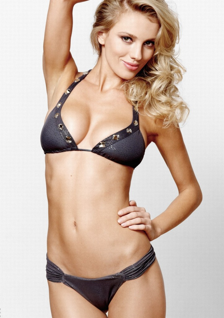 Bar-Paly-Beach-Bunny-swimwear-9-722x1024
