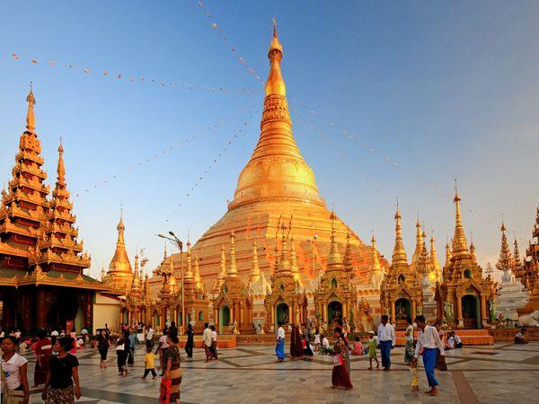 13-asia-myanmar-temple-yangon 49619 600x450