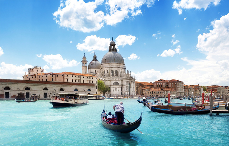 1blue-grand-canal-and-basilica-venice