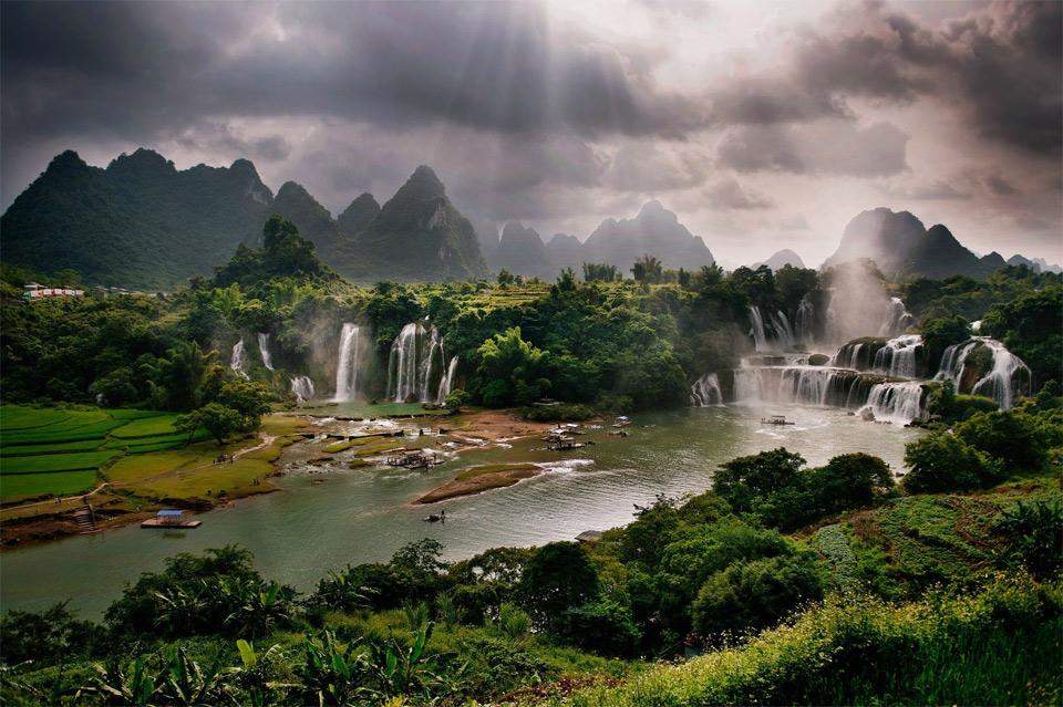 1detian-falls-china.jpg?BPCTRY=1