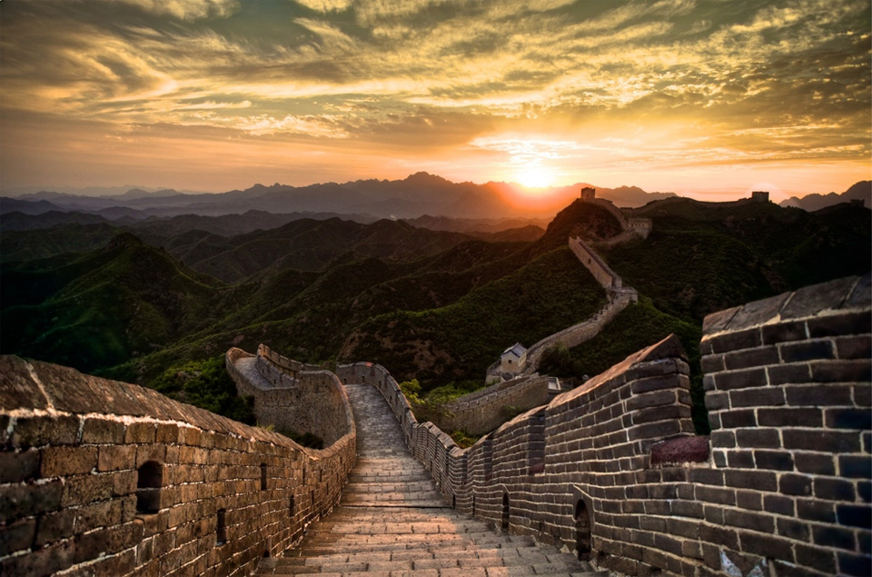 2sunset-over-great-wall-of-china