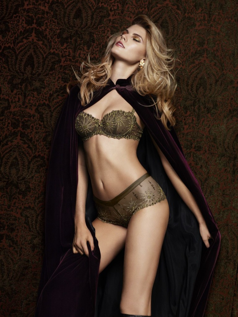 Maryna-Linchuk-Chantelle-lingerie-4-769x1024