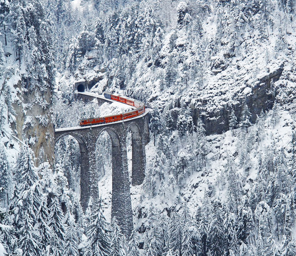 4most-amazing-railway-switzerland