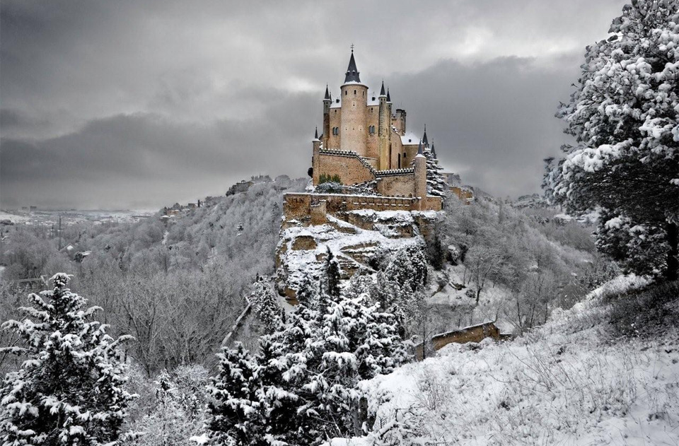 53alcazar-castle-of-segovia-spain