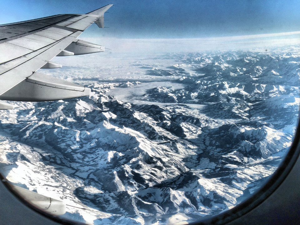 86amazing-alpes-from-airplane