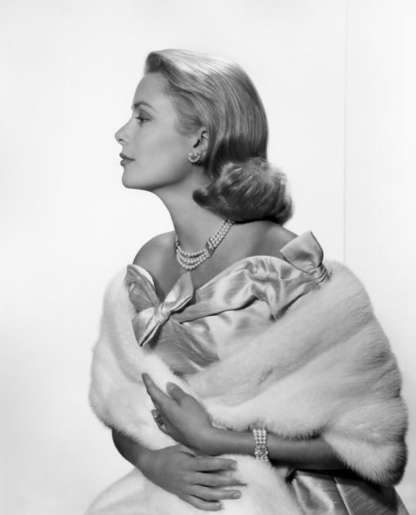 Grace Kelly - Portraits by Yousuf Karsh