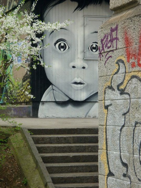 15 beloved Street Art Photos – August 2012
