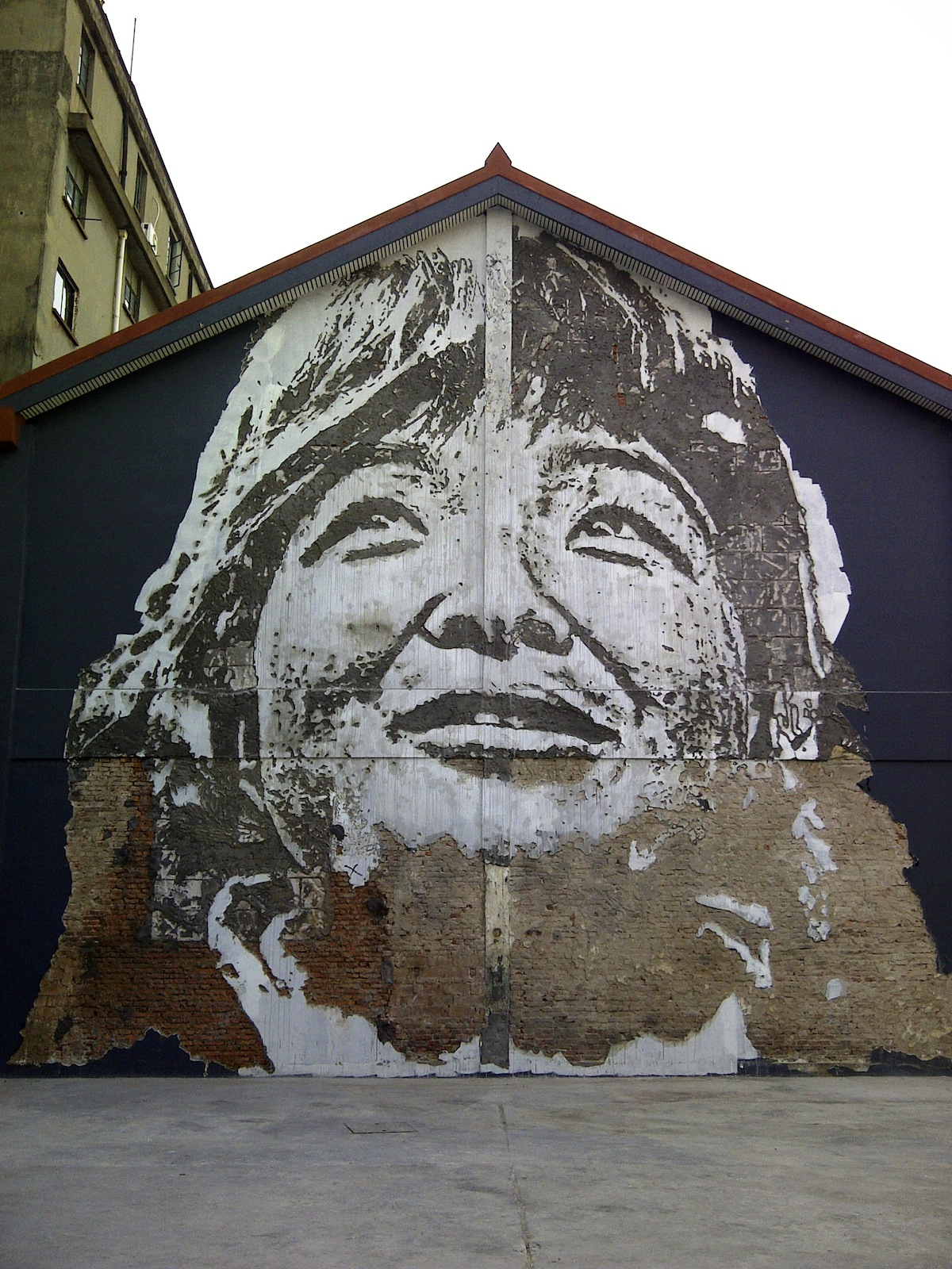 Street Art by Vhils – In Shanghai, China