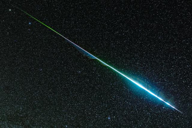 Радужный метеор из потока Геминиды