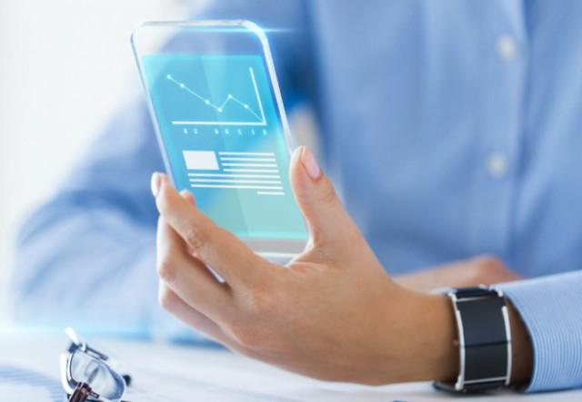 4 фантастических усовершенствования, которых ждут смартфоны в будущем